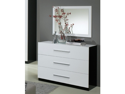 meubles commodes et chiffonniers pour la chambre. Black Bedroom Furniture Sets. Home Design Ideas