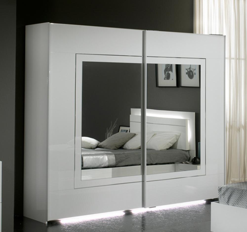 Armoire 2 portes coulissantes city laque blanc chambre for Chambre meuble blanc