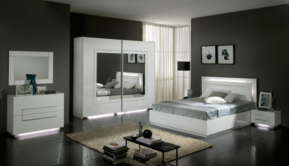 Lit city laque blanc chambre coucher blanc for Chambre complete blanche
