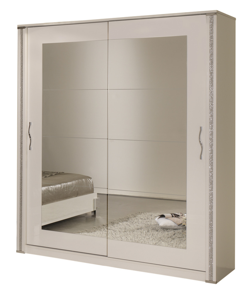 model armoire de chambre perfect model armoire de chambre with model armoire de chambre. Black Bedroom Furniture Sets. Home Design Ideas