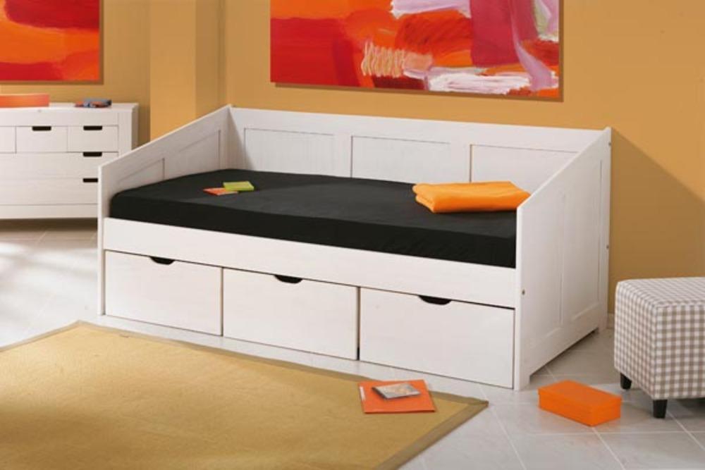 Meubles color s et mobilier ludique pour les chambres des enfants - Banquette lit extensible ...