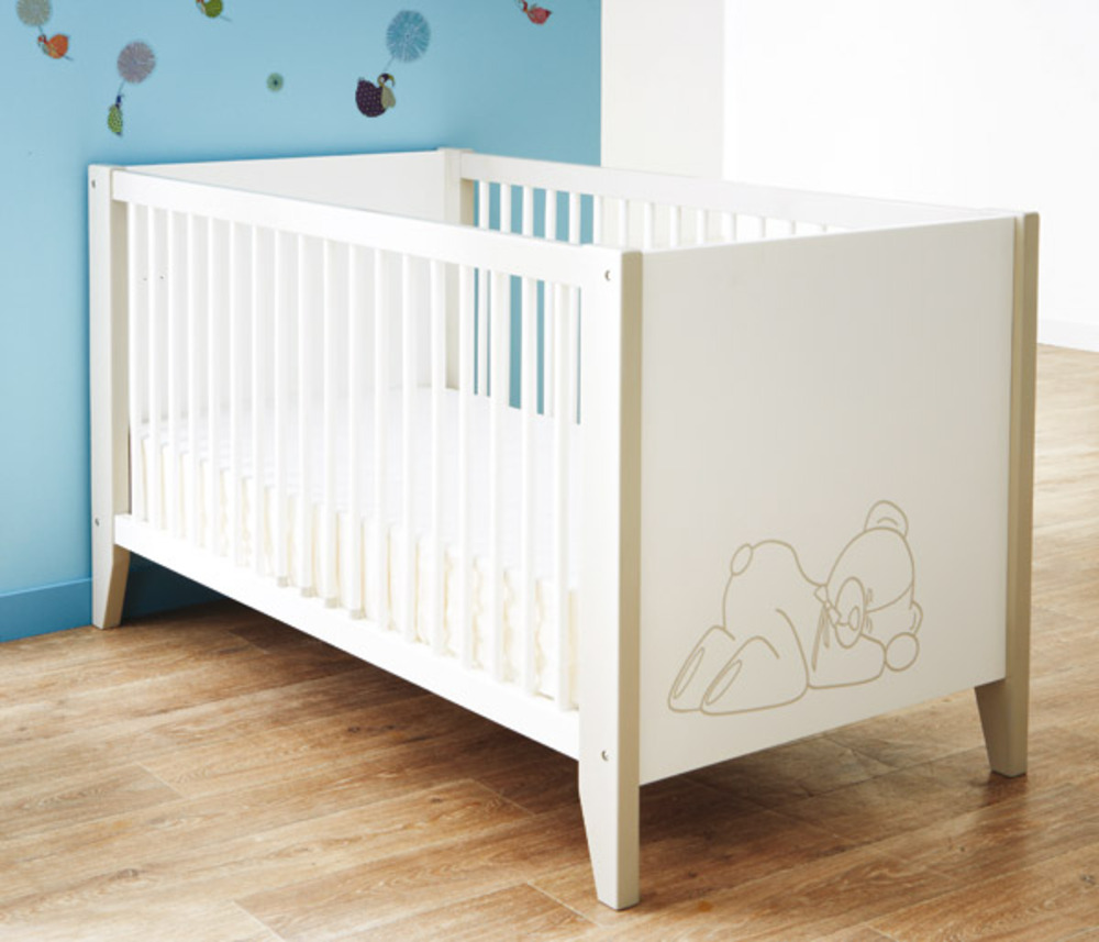 lit bebe ourson blanc. Black Bedroom Furniture Sets. Home Design Ideas