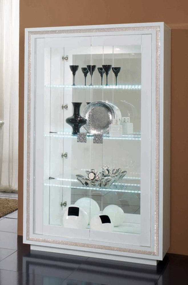 vitrine 2 portes avec leds prestige 302 laque blanc. Black Bedroom Furniture Sets. Home Design Ideas