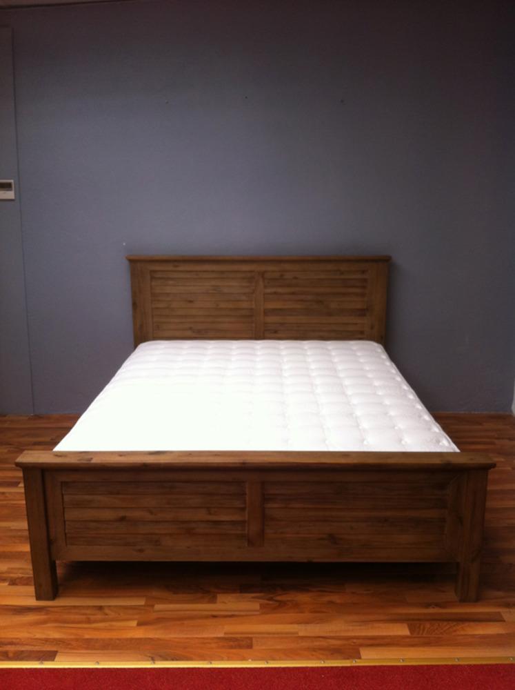 Hamburg chambre a coucher chambres lits adultes lit basika le hard discount du meuble - Lits modernes adultes ...