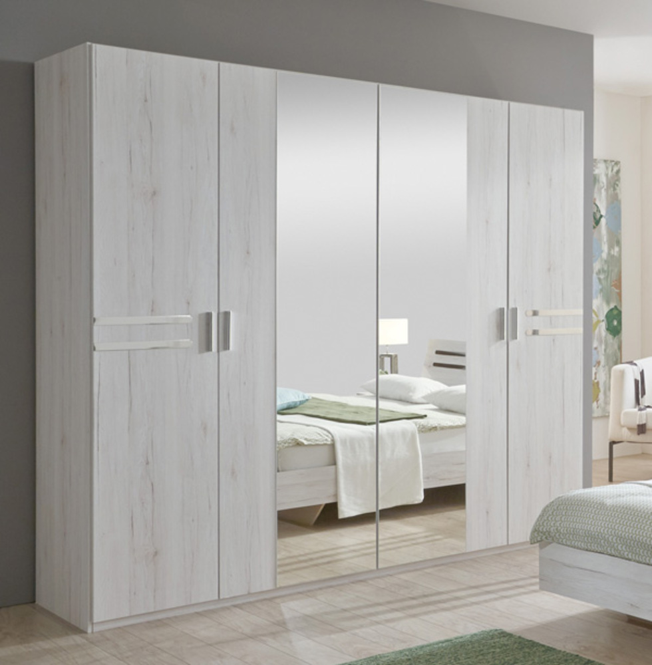Armoire susan chene blanc for Chambre adulte sans armoire