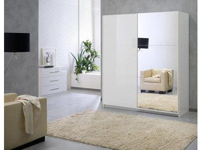 Armoire 2 portes en 230 cm laquee
