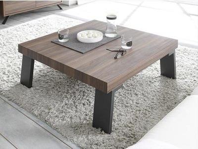 Table basse avec piètement métal