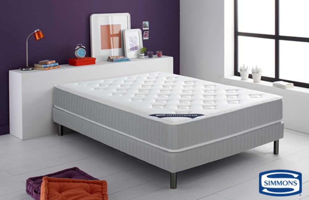 matelas simmons ressorts ensach s et latex leone l 90 x h 24 x p 190. Black Bedroom Furniture Sets. Home Design Ideas