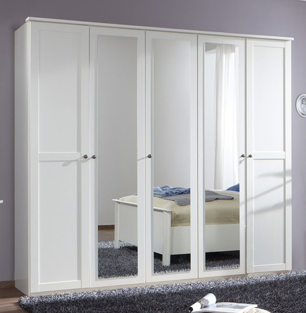 armoire 5 portes chalet blanc. Black Bedroom Furniture Sets. Home Design Ideas