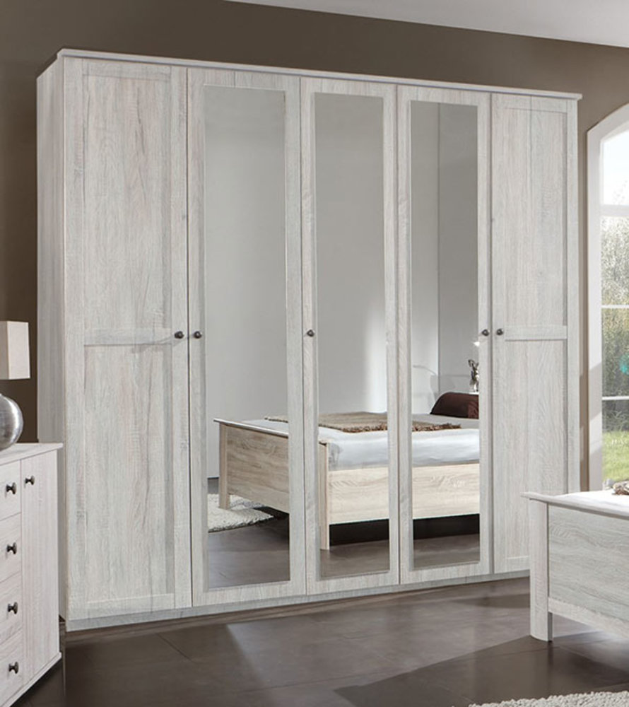 armoire 5 portes chalet chene blanc. Black Bedroom Furniture Sets. Home Design Ideas