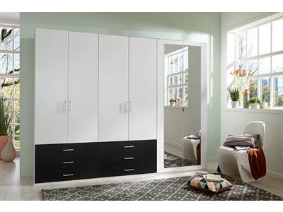 Armoire 6 portes dont 2 avec miroirs