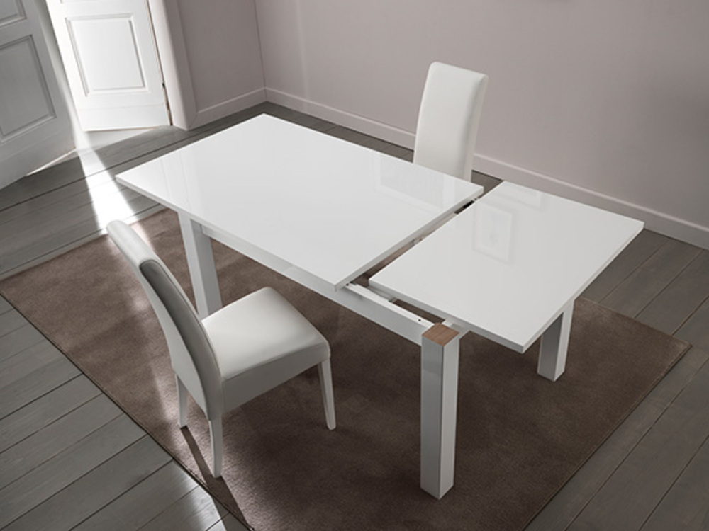 Table de repas extensible montecatini blanc brillant for Table sejour extensible design