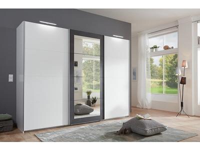 Armoire 3 portes coulissantes dont 1 avec miroir