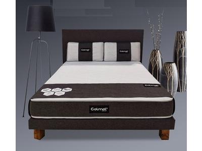 Sommier+tete de lit+oreillers+matelas+pieds